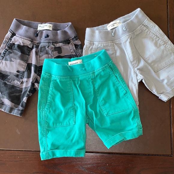 Abercrombie Kids 5/6 (3) shorts